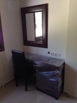 Τουαλέτα υπνοδωματίου σε ξενοδοχείο της Χαλκιδικής