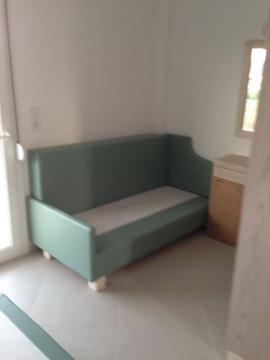 Βάση από καναπέ σε ξενοδοχείο της Χαλκιδικής